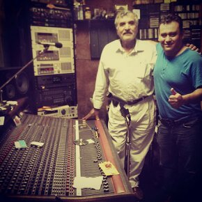 Con don Anguel Parra, preparando mi Cd..!!